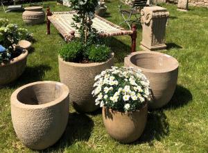 Pflanztöpfe auf dem Fürstlichen Gartenfest